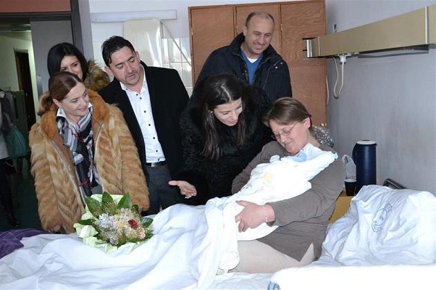 Jozo Ilić je prvorođena beba u Šibensko-kninskoj županiji u 2015. godini
