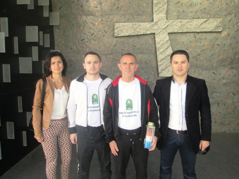 Predstavnici Grada ispratili ultramaratonca Aleksandra Golu