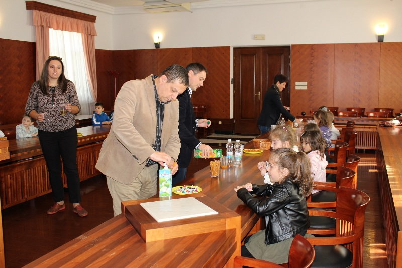 Djeca iz vrtica u gradskoj upravi (3)