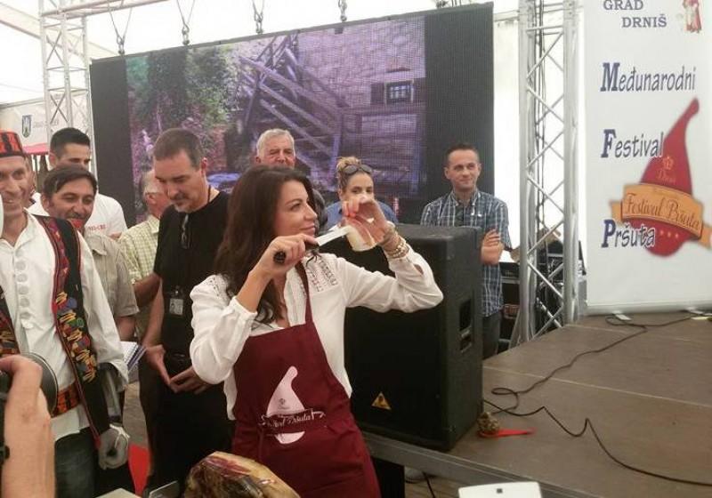Fest prsuta 2015 (4)