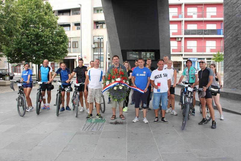 """Održana """"Kaštelanska biciklijada – putovi ponosa i slave – Oluja 1995-2015"""""""