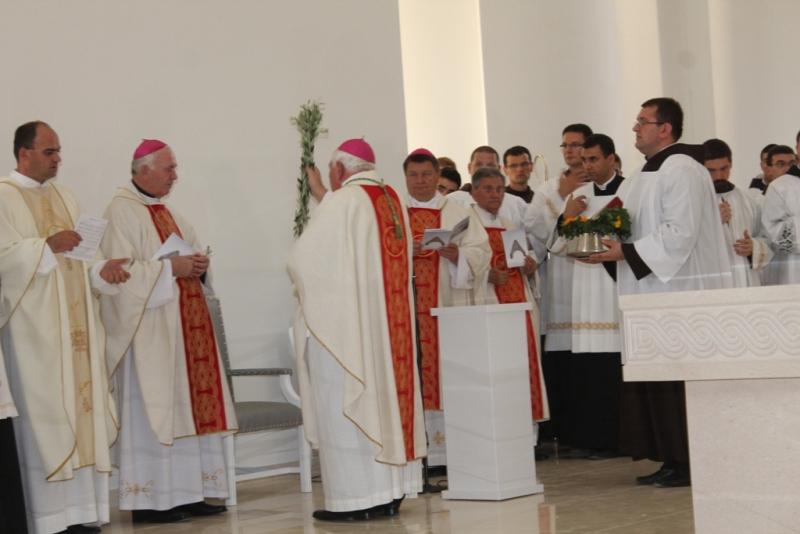 Posveta crkve (8)
