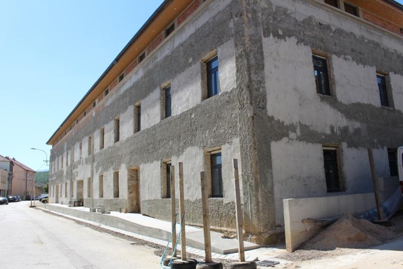 Studentski dom i novi prostor knjižnice gotovi do veljače