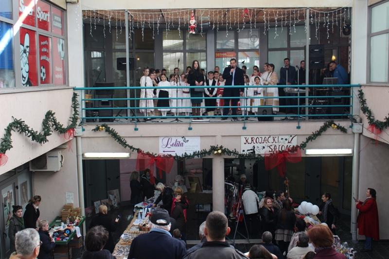 Otvoren je Božićni sajam