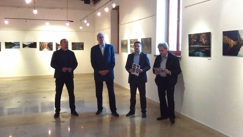 """U Kninskom muzeju otvorena izložba """"Zaplovimo Krkom"""""""