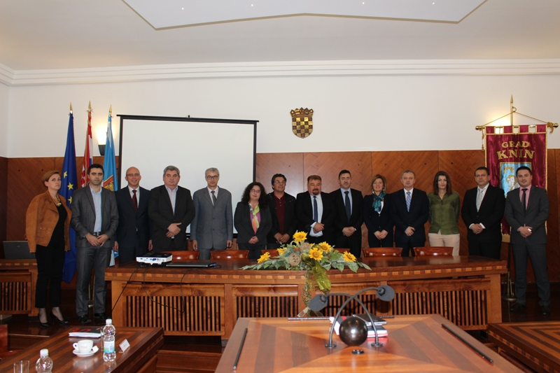Ministar poduzetništva i obrta Darko Horvat posjetio Knin