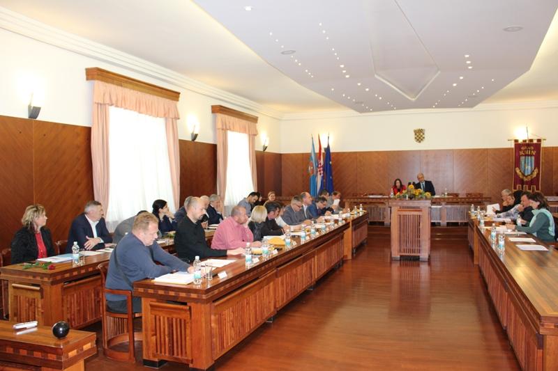 Održana zadnja sjednica Gradskog vijeća u ovom sazivu: U 2016. dug smanjen za 6,5 milijuna kuna