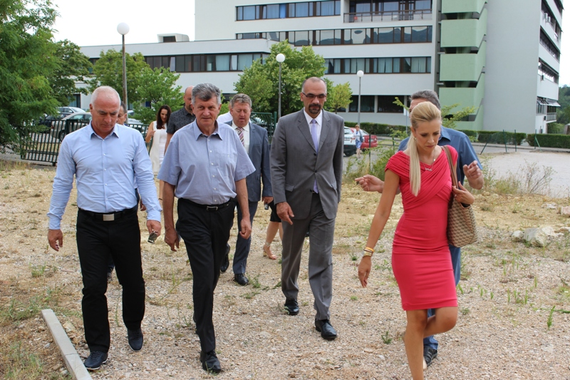 Ministar Kujundžić: Kninska bolnica postaje Centar za respiratorne bolesnike za područje cijele Dalmacije