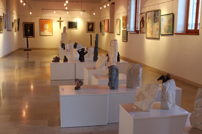Otvorena izložba slika i skulptura Damira Markulina