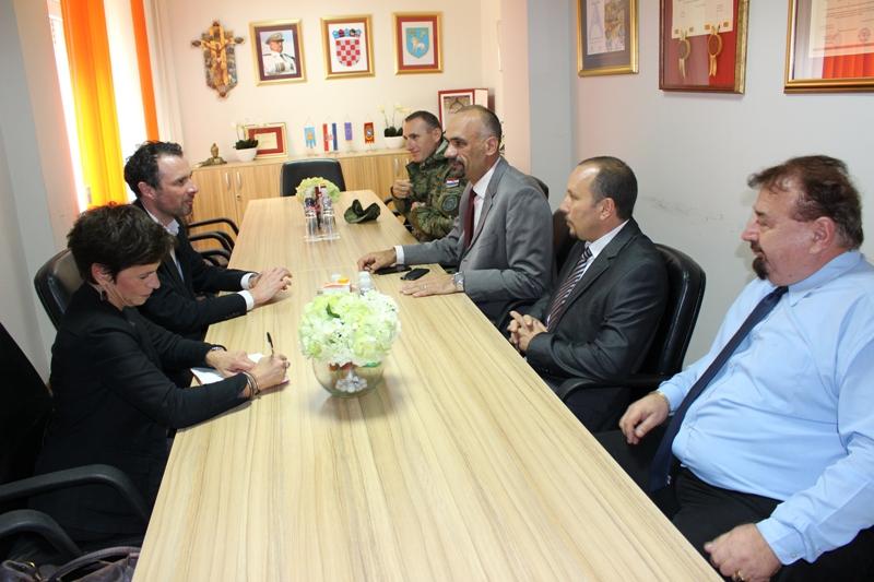 Veleposlanik Ujedinjene kraljevine u Hrvatskoj posjetio Gradsku upravu