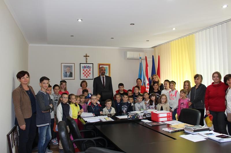 Tjedan djeteta: Djeca posjetila Gradsku upravu