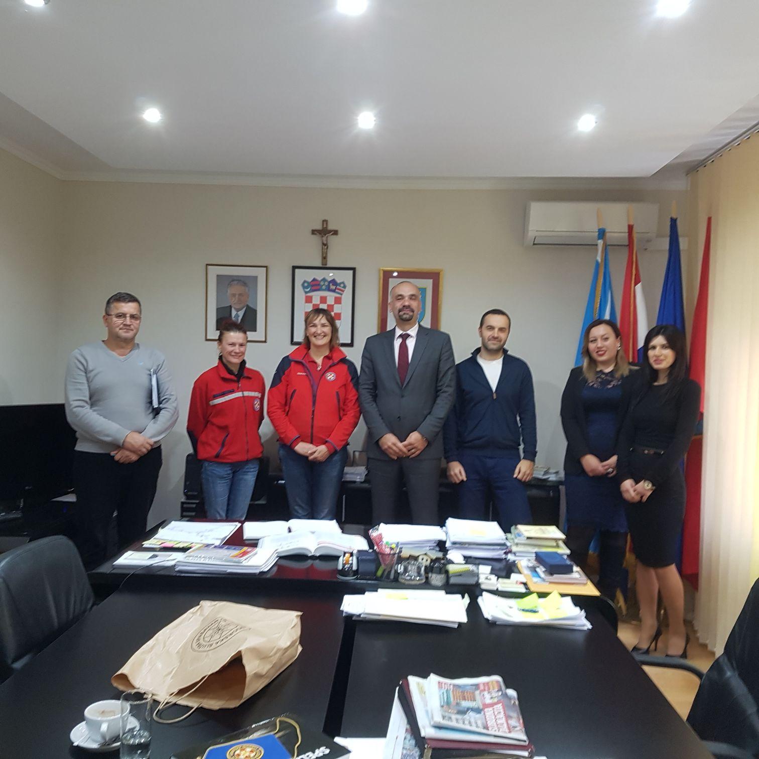 Hrvatska Gorska Služba Spašavanja – Stanica Šibenik  posjetila Grad Knin