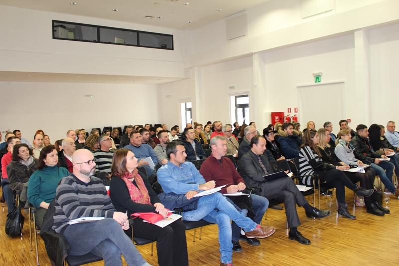 Održana informativna radionica o otvorenom Javnom pozivu – Razvoj poduzetništva u gradu Kninu