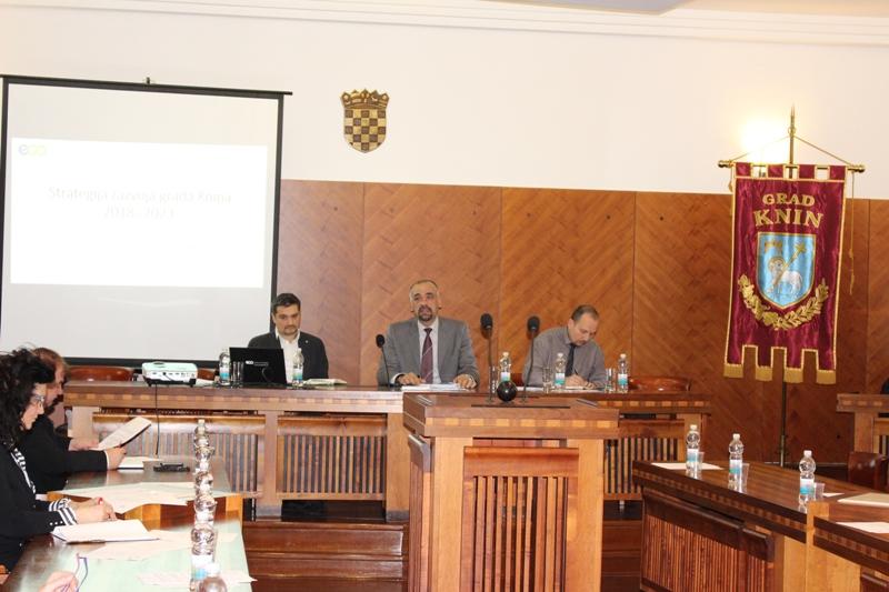 Partnersko vijeće Grada Knina raspravljalo o Nacrtu Strategije razvoja Grada Knina
