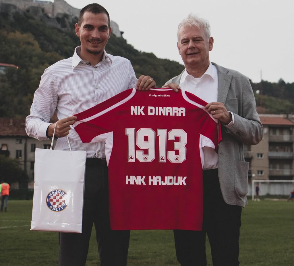 Dinara-Hajduk002