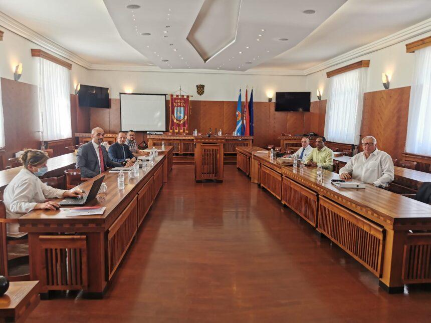 Moguće otvaranje do 300 novih radnih mjesta u Kninu